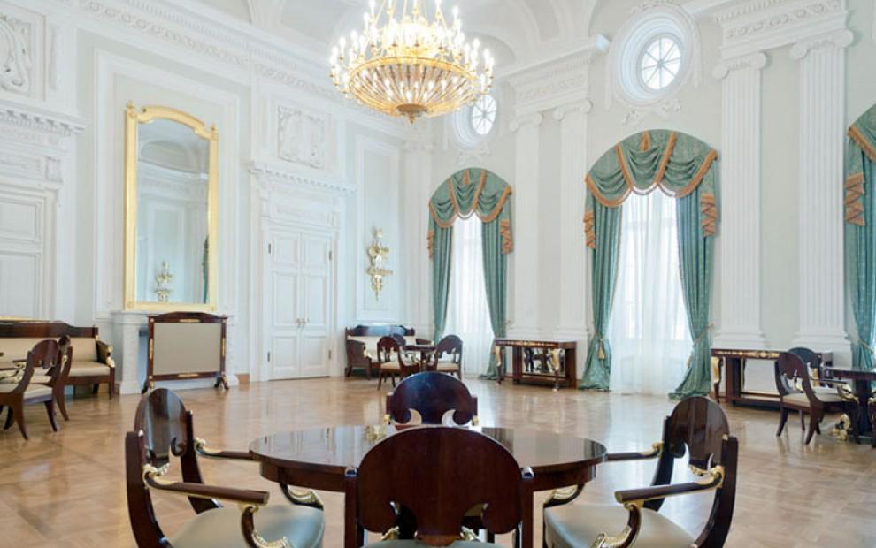 петровский_путевой_дворец_Парковая_гостиная